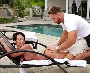 Fake masseur and a butt cheating wife
