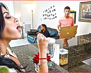 Bangbros - kitty caprice receives her latin large arse drilled during the time that her bf is home
