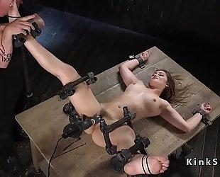 Slave in device thraldom slit vibed
