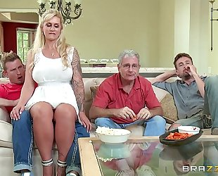 Brazzers.com - (ryan conner) - milfs like it large