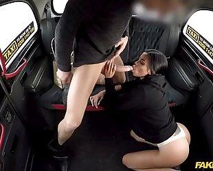 Latina canela skin gives an expert oral sex
