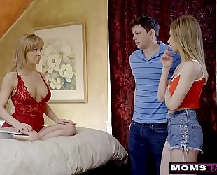Momsteachsex - breasty milf receives sexy mother's day trio! s8:e4
