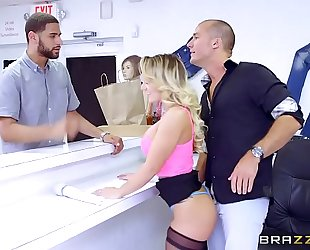 Brazzers.com - (cali carter) - large whoppers at work