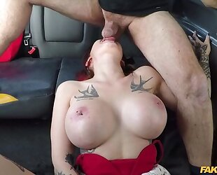 Big-breasted whore gets fucked by her taxi driver