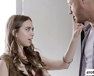 Brunette chick riley reid acquires a naughty crampie from a stranger