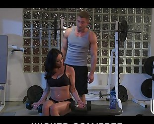 Incredibly fit dark brown milf seduces her personal coach
