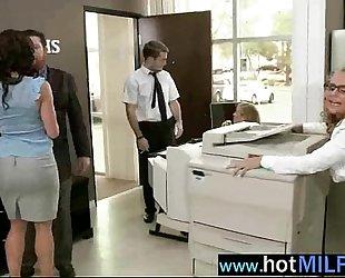 (kendra phoenix) hawt hawt milf love hardcore group sex with giant penis chap mov-20